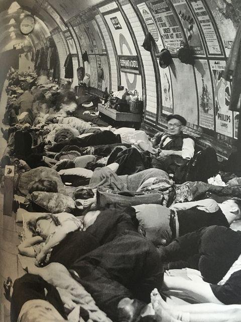 【2】1940年のELEPHANT CASTLE駅