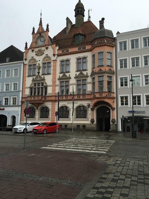 30 ブラウナウの市庁舎