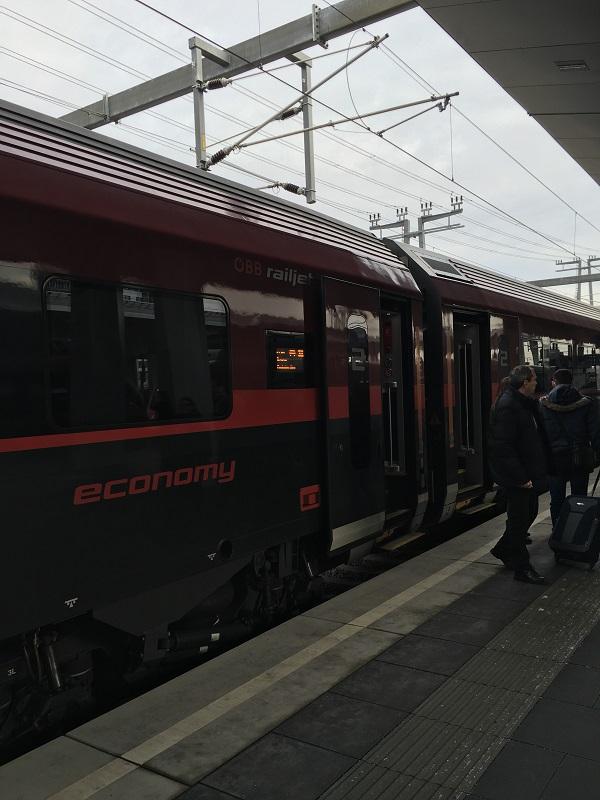 8オーストリアの高速鉄道RAILJET