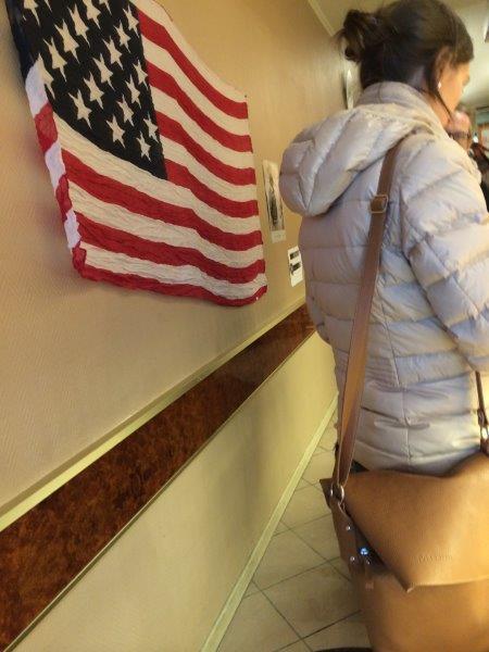 【31】店内には星条旗