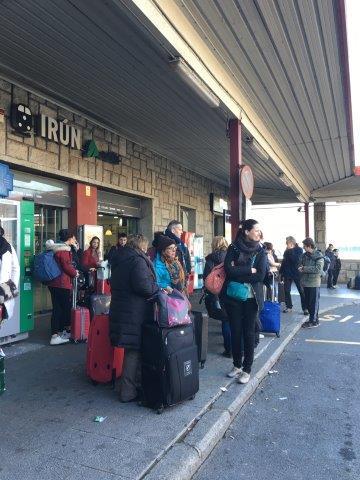 【6】イルン駅のタクシー待ちの風景