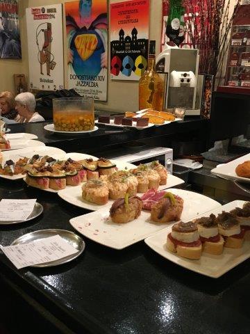 【2】バスク地方発祥のスペイン料理、ピンチョス
