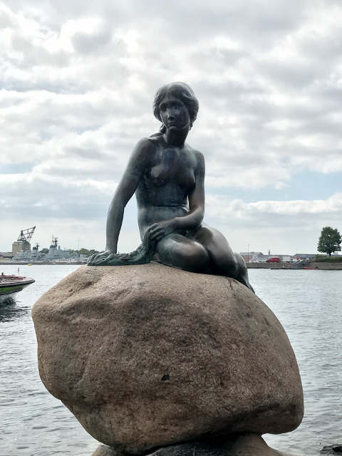 世界三大ガッカリの一つ人魚の像