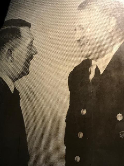ヒトラーと接見するノルウェーのクヴィスリング