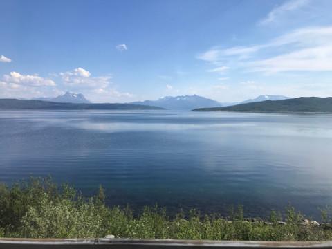 ナルヴィク~空港間も景色を楽しむことができる
