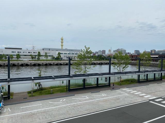 横浜ハンマーヘッドから