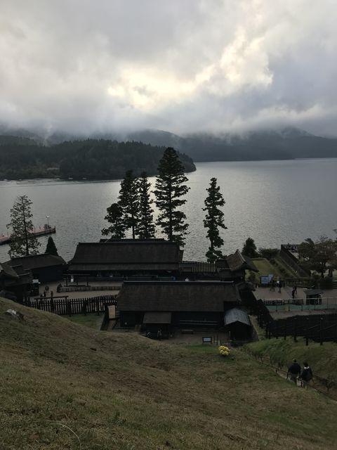 関所から見える芦ノ湖