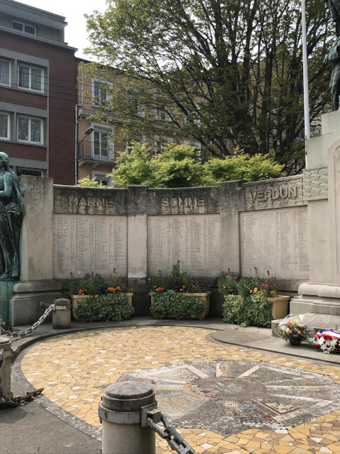 ソンム、マルヌ、ヴェルダンは、第一次世界大戦の激戦地