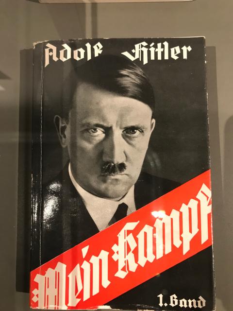 ヒトラーの著書、我が闘争
