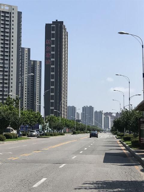 丹東新区の高層ビル群