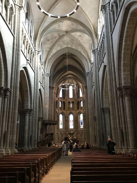 カルヴァンが教義を行ったジュネーブのサン・ピエール大寺院