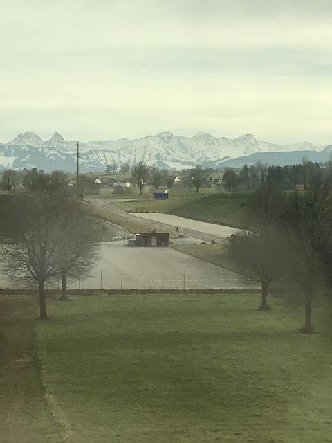 スイスの防衛のキーとなったアルプスの山々